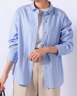 ZIP!水卜麻美 (みとちゃん)衣装ライトブルーのストライプ柄シャツ