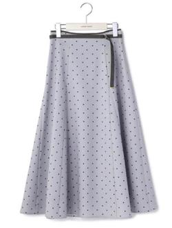 めざましテレビ藤本万梨乃衣装ライトブルーのドットプリントスカート