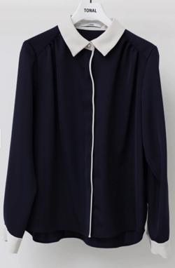 ヒルナンデス!滝菜月ネイビーのクレリックシャツ