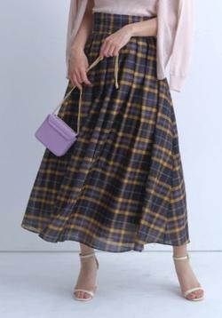 めざましテレビ井上清華衣装ブラウンのチェック柄スカート