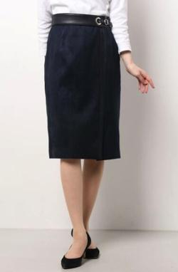 ZIP!水卜麻美 (みとちゃん)衣装ネイビーのコンビスカート