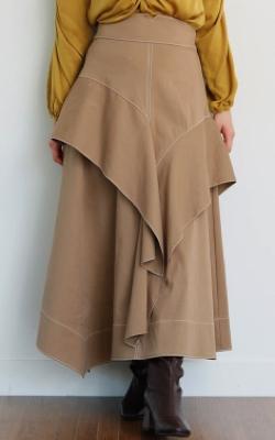 ヒルナンデス!滝菜月ベージュのアシメフリルスカート