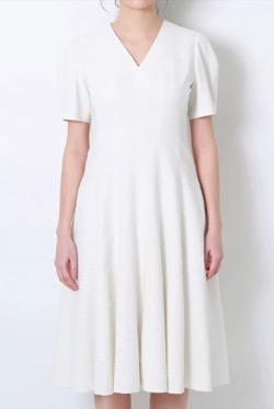【めざましテレビ】井上清華アナ衣装白いワンピース
