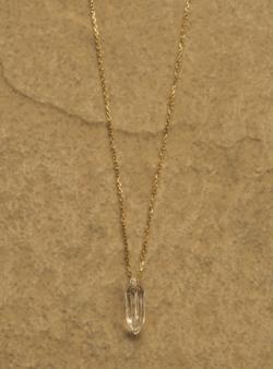 ゴールドxガラスのネックレス