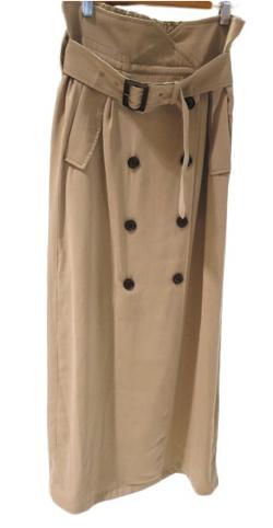 ベージュのロングタイトスカート