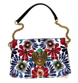 ブルーの花柄バッグ