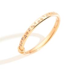 ゴールドのリング