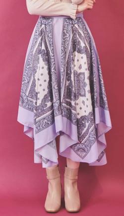 ムラサキのスカーフ柄プリントスカート