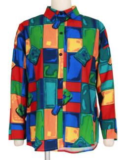 グリーン系のカラフルブロックパターンシャツ
