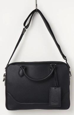 ブラックのビジネスバッグ