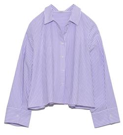 ブルーのストライプシャツ