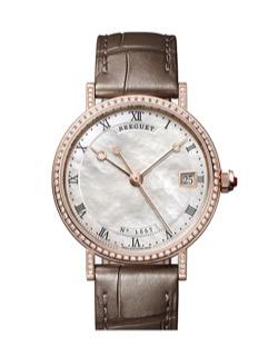 ブラウンベルトの腕時計